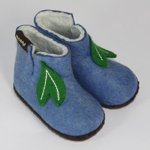 babyhausschuh aus Schurwolle hellblau