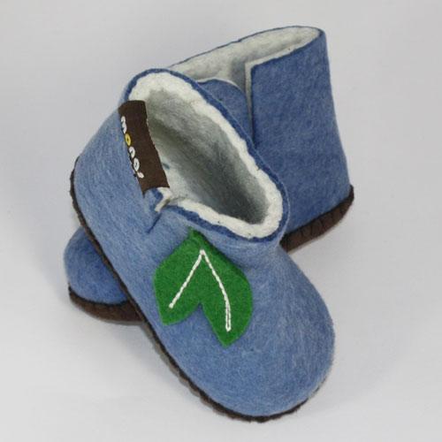 babyhausschuh aus Schurwolle hellblau2