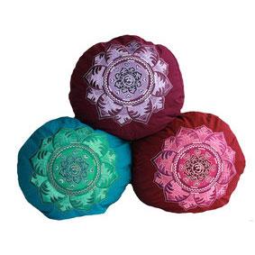 Yogakissen Mandala Stickerei