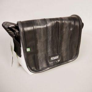 Recycling Damentasche schwarz weiß aus Fahrradschlauch und Airbags